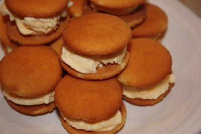 Vanilla Wafer Sandwiches