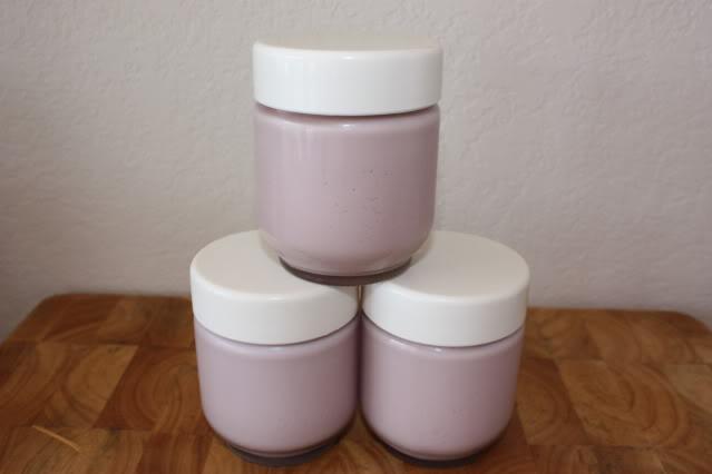 homemade berry yogurt