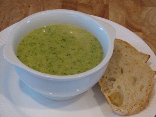 broccoli soup and no knead bread