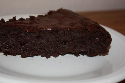 gourmet flourless choc cake