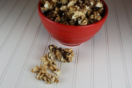 chocolate caramel corn