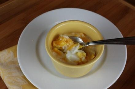 baked eggs in cream