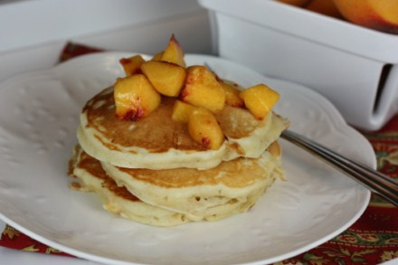 Peaches and Cream Pancakes 4 [Recipes]