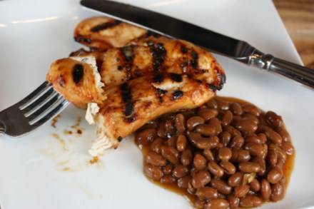 Spicy Chicken with Texas Ranchero Grillin' Beans [Recipes]
