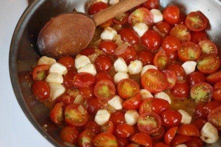 Tomato Mozzarella Saute