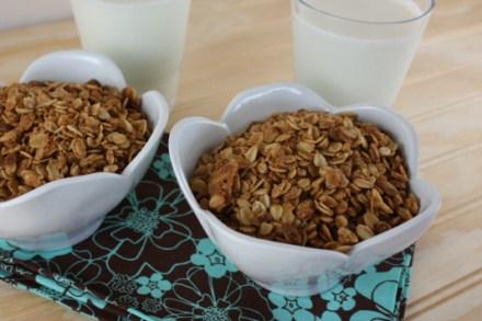 peanut-butter-granola-