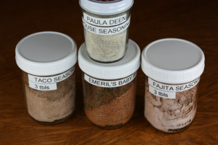 Homemade-Seasoning-Mixes-pictures
