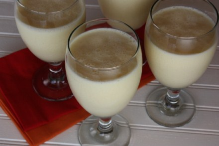 pineapple-smoothies-pictures1