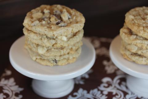 Gluten Free Ranger Cookies from LynnsKitchenAdventures.com