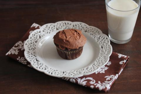 Gluten Free Chocolate Cupcake with Cream Cheese Frosting