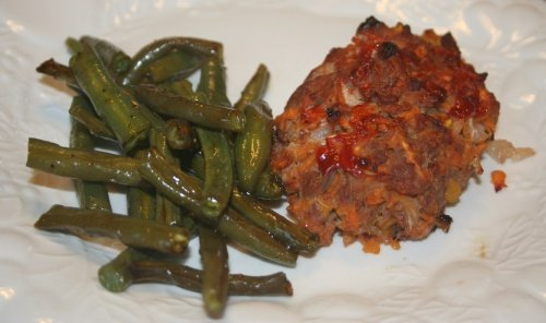 flora's mini turkey loaf & green beans