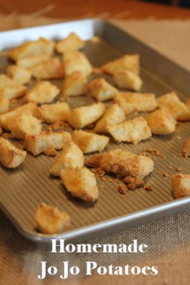 Homemade JoJo Potatoes from LynnsKitchenAdventures.com