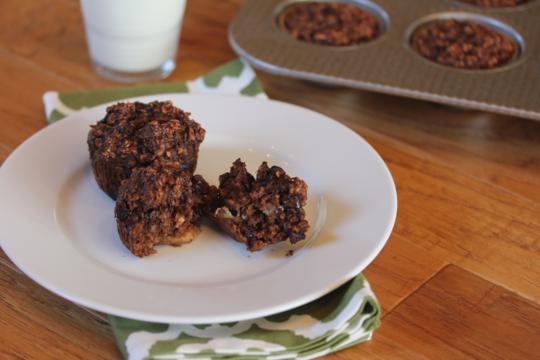 Chocolate Banana Oatmeal Breakfast Muffins_