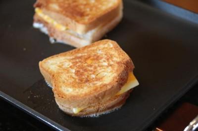 Best Grilled Cheese Sandwich -