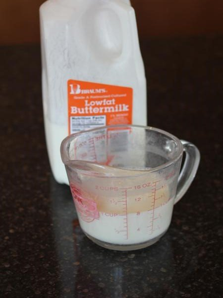 Substitute for Buttermilk {Kitchen Tip}
