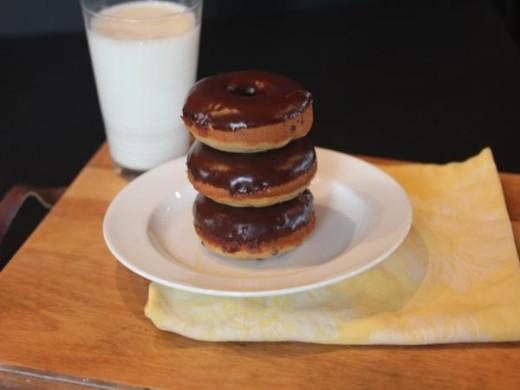Gluten Free Chocolate Banana Doughnuts