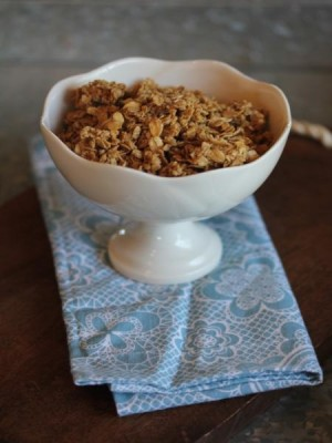 Maple Cinnamon Homemade Granola