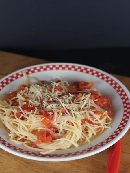 Spaghetti with Simple Tomato Sauce_