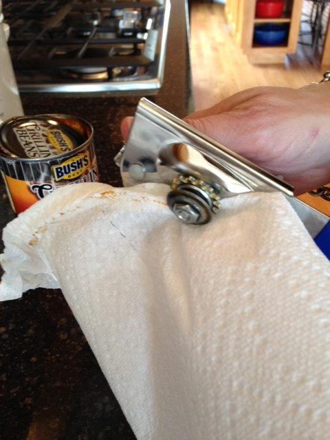 cleaning a can opener _