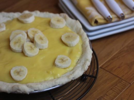 Classic Banana Pie-