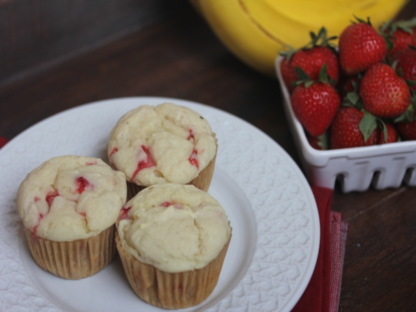 Strawberry- Banana Pancake Muffins with Pamela's Artisan Flour Blend