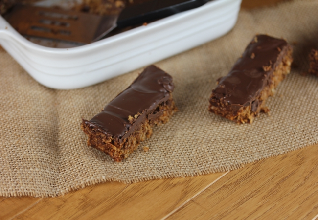 Chocolate Peanut Butter Granola Bars_