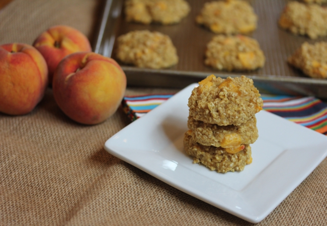 Peaches and Cream Baked Oatmeal Breakfast Cookies_
