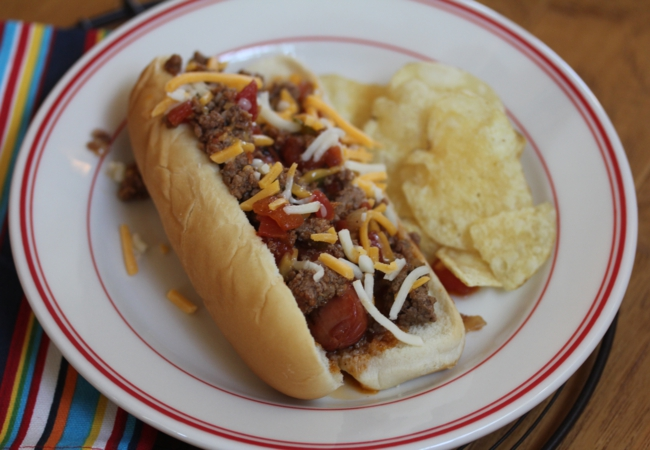Easy Chili Dogs-