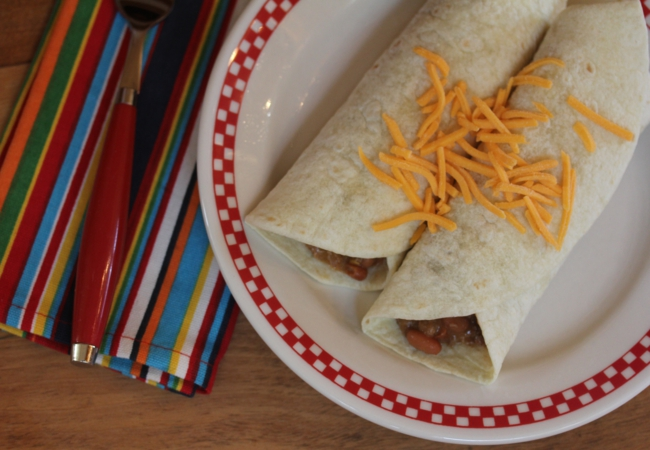 Easy 5 Ingredient Burritos {5 Ingredients or Less Recipes}