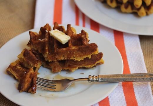 Easy Gluten Free Pumpkin-Waffles