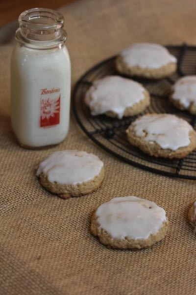Gluten Free Iced Oatmeal Cookies--