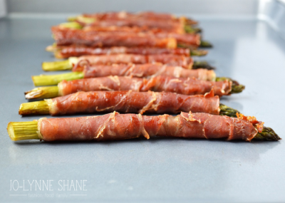 Bacon-Wrapped-Asparagus-700x499