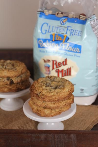 Gluten Free Chocolate Chip Oatmeal Cookies-