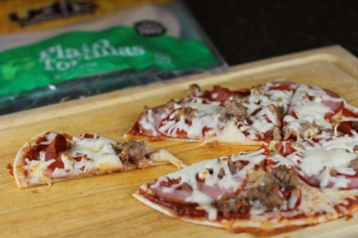 Quick and Easy Gluten Free Pizza _