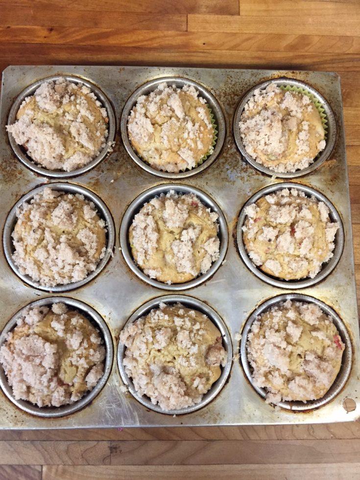 Mom's Rhubarb Muffins