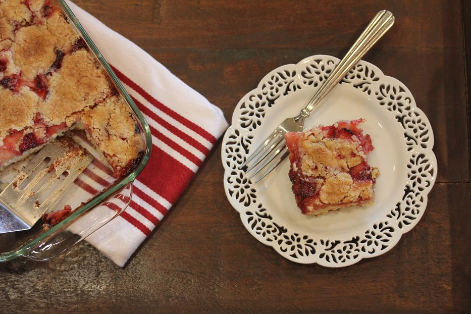 Grandma's Strawberry Coffee Cake