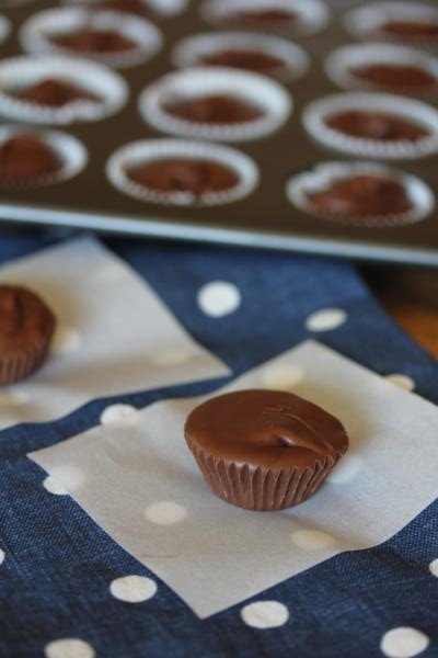 Easy Homemade Peanut Butter Cups_