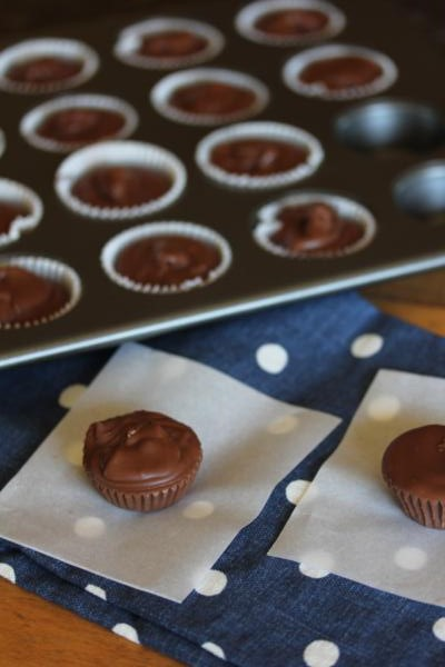 Easy Homemade Peanut Butter Cups__