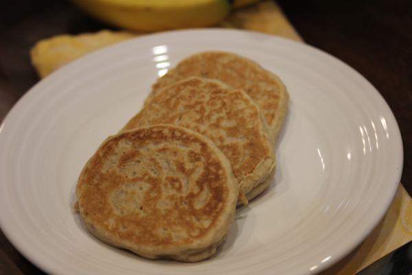 Easy Whole Wheat Banana Pancakes-