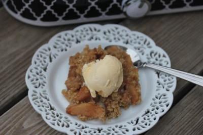 Crock Pot Apple Crisp- Easy to make gluten free!