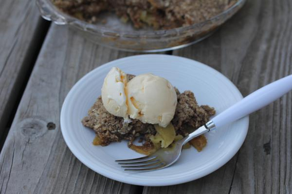 Microwave Apple Crisp-