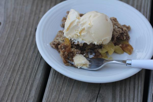 Microwave Apple Crisp_