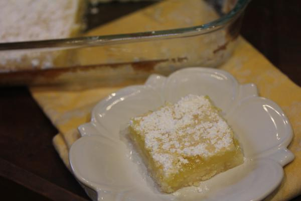 Mom's Lemon Bars_