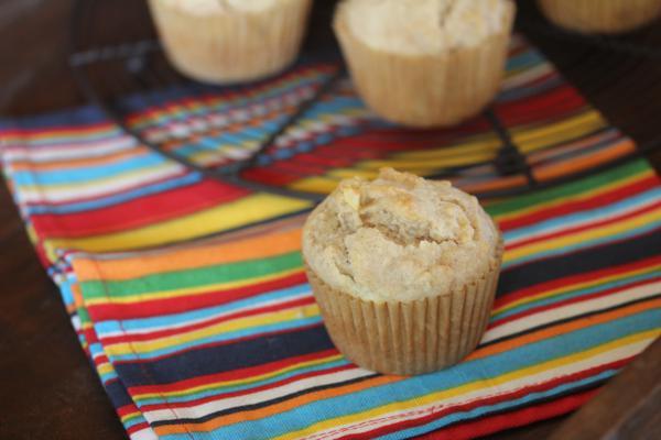 Easy Apple Cinnamon Muffins_
