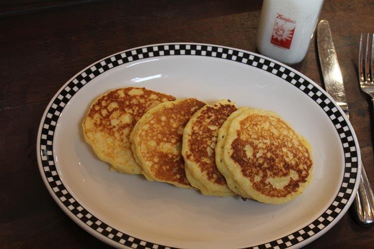 Fluffy Cornmeal Pancakes