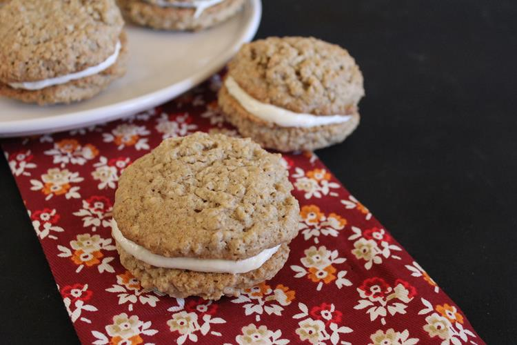 Gluten Free Oatmeal Cream Pie