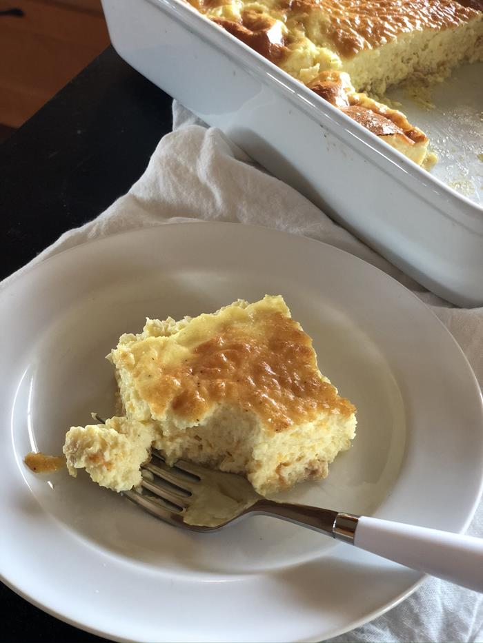 Crustless Salmon Quiche with Cheese