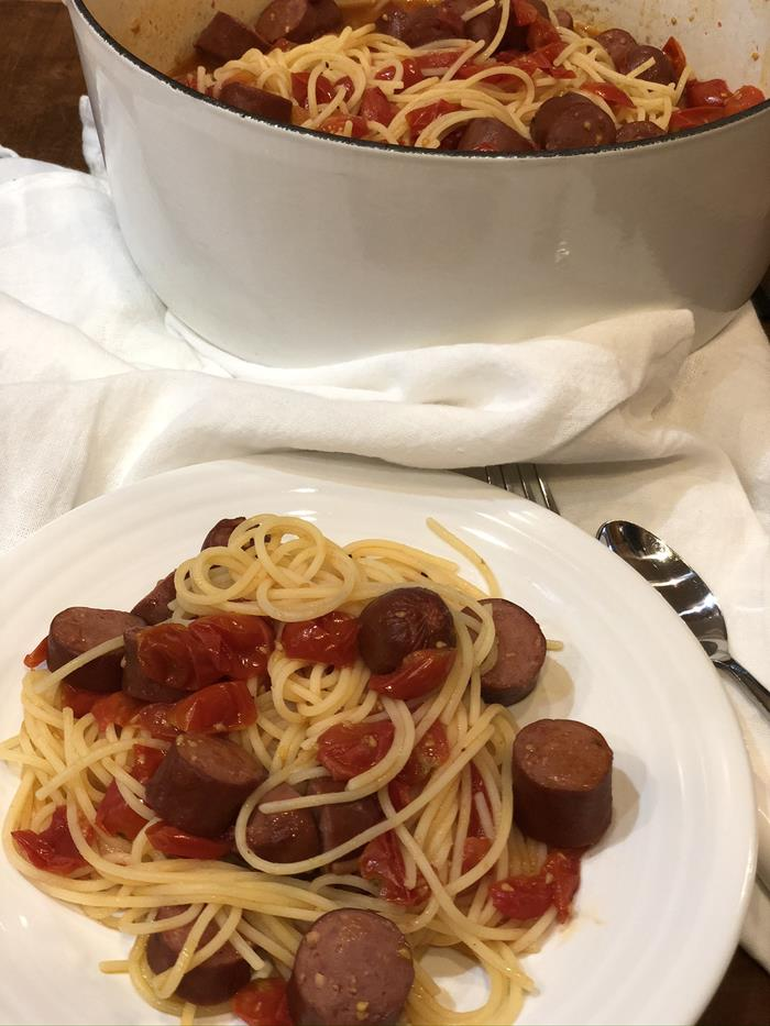 Pasta with Sausage and Cherry Tomatoes Recipe