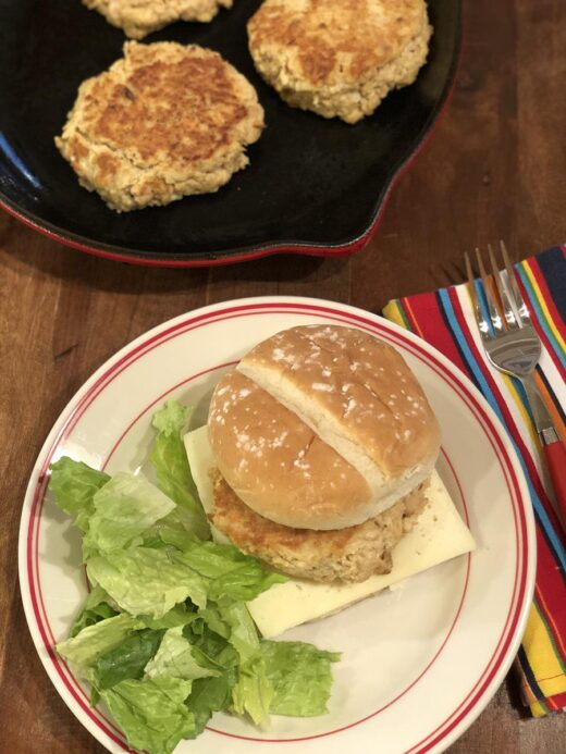 Salmon Burgers with lettuce and cheese