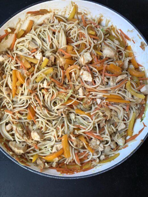 Chicken Peanut Noodles in white pan
